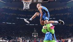 Aaron Gordon NBA ALLSTAR SLAM DUNK CONTEST