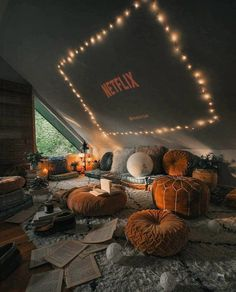 New Stylish Bohemian Home Decor and Design Ideas The Boho style stands for un. - New Stylish Bohemian Home Decor and Design Ideas The Boho style stands for unconventional living - Cute Room Decor, Teen Room Decor, Room Ideas Bedroom, Bedroom Decor, Teen Bedroom, Summer Bedroom, Movie Bedroom, Bedroom Mirrors, Movie Rooms
