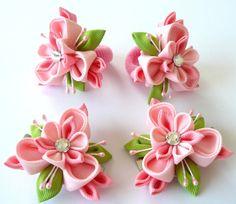 Flores de tela Kanzashi. Set de 6 piezas. Rosa y manzana por JuLVa