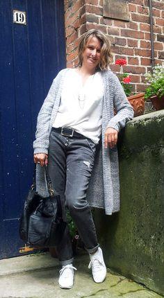 Outfit der Woche! Hose, Langarmbluse & Cardigan: Comma Indentity - Gürtel: Vanzetti - Tasche: Liebeskind - Kette: s.Oliver #ootw #fashion