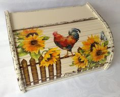 Arte Country, Bread Boxes, Decoupage Box, Iris, Folk Art, Decorative Boxes, Woodworking, Acrylic Paintings, Facebook