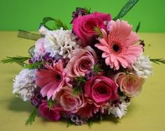 More hand tied clutch bouquets from Belvedere Flowers! Prom Flowers Blog