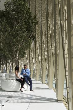 Gallery of Apple Dubai Mall / Foster + Partners - 11
