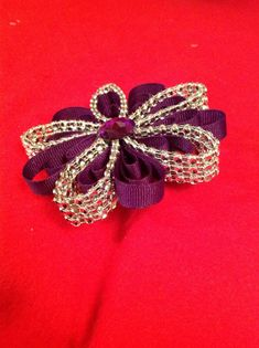 Diamond Mesh Bling Petal Hair Bow by JoatmonCreations on Etsy -- not sure about the mesh and hair touching, but it's a great flower design for other uses. Making Hair Bows, Diy Hair Bows, Diy Bow, Bow Hair Clips, Hair Ribbons, Ribbon Bows, Ribbon Art, Black Ribbon, Handmade Hair Accessories