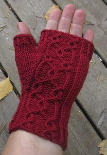 Ravelry: Fingerless Fredrika pattern by Tiina Kuu Free pattern Crochet Mittens, Mittens Pattern, Crochet Gloves, Knit Crochet, Baby Hats Knitting, Loom Knitting, Knitting Socks, Knitting Patterns, Wrist Warmers