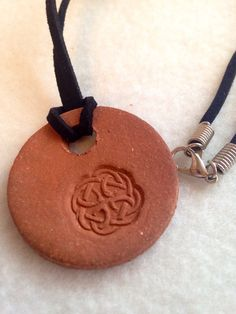 Handmade Celtic knot terra-cotta Aromatherapy Essential Oil Diffuser Pendant necklace ceramic by CraftyleftDee