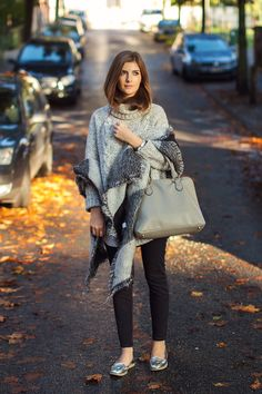 October 2014 Style Cycle. To view more images visit: http://1stclassfashion.com/simpleetchic