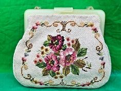 Find many great new & used options and get the best deals for Vintage Needlepoint Flowers White Tapestry Purse Handbag Plastic Clasp at the best online prices at eBay! Free shipping for many products! Gold Handbags, Vintage Handbags, Purses And Handbags, Vintage Costume Jewelry, Vintage Costumes, Vintage Clothing, Large Tapestries, Tapestry, Vintage Jeans Mens