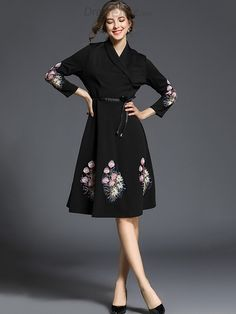 54485320e1 Buy Chic V-Neck 3 4 Sleeve Embroidery Skater Dress with High Quality and