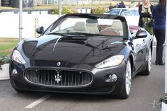 Image issue du site Web http://upload.wikimedia.org/wikipedia/commons/c/c3/Maserati_Gran_Cabrio_Goodwood.jpg