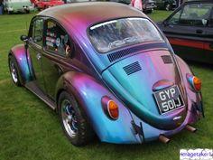 That is quite the snazzy paint job! Volkswagen Beetle - 1970 | imagetaker1