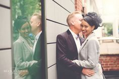 Pre Wedding Shoots in the city can add a variety of backgrounds to an image