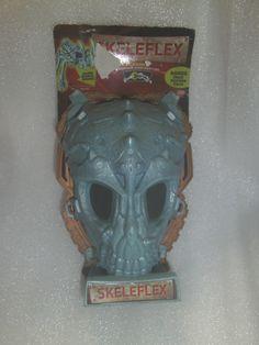 Skeleflex - Octoattack - Wild Planet Dinosaur w/skull storage case - New