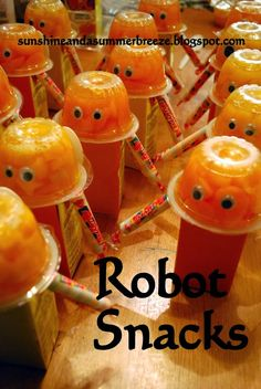 Super easy robot snacks, great for a Robot birthday or to take treats to a class.