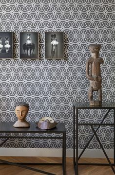 Geometrische vormen op het behang uit de BN Wallecoverings collectie LAYERS  http://www.decohome.nl/assortiment/behang/collecties-behang/bn-wallcoverings-layers-by-edwin-van-vliet