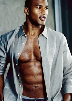 Henry Simmons, yeah he could be my Trez!