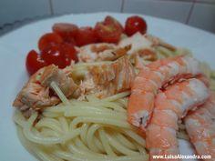 Salmão Salteado com Camãrao e Esparguete