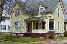124 Highland St  Evansville , WI  53536  - $149,500  #EvansvilleWI #EvansvilleWIRealEstate Click for more pics