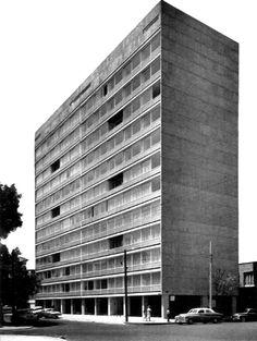 Edificio Schiller 1963  México. D.F.  Arq. Abraham Zabludovsky