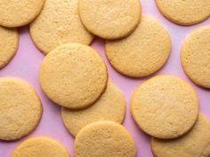 Guyanese Cheese Pie Recipe Sugar Cookies From Scratch, Sugar Cookie Recipe Easy, Iced Sugar Cookies, Cheese Pie Recipe, Cheese Pies, Cheese Cookies, Cookies Et Biscuits, Polish Kolaczki Recipe, Pie Recipes