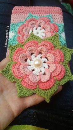 Crochet book cover Crochet Book Cover, Crochet Books, Crochet Motif, Crochet Hats, Bible Covers, Book Marks, Book Binding, Crafty, Blanket