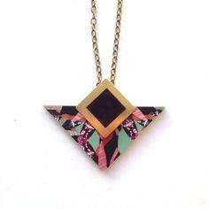 Collier géométrique Triangle collier - Triangle & Laser à motifs carré coupés en bois pendentif bijoux géométriques Triangle bijoux