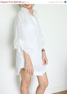 Hey, I found this really awesome Etsy listing at https://www.etsy.com/listing/119487649/25-off-free-shipping-white-tunic-shirt