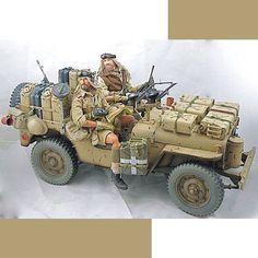 II Guerra mundial - SAS ingleses em missão no deserto (WWII - Special Air Service Jeep at desert) Unknown Modeler From: Pinterest #scalemodel #plastimodelismo #scalemodelkit #miniatura #miniature #miniatur #maqueta #maquette #war #guerra #guerre #bataille #modelismo #modelism #modelisme #scalemodelsworld #plasticmodel #plastickits #usinadoskits #udk #plasticmodel #plastimodelo #hobby Trump Models, Special Air Service, Jeep Models, Jeep Dodge, Military Diorama, Military Modelling, Figure Model, Dioramas, Model Ships