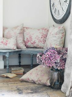 Cabbages and roses design for your reading nook