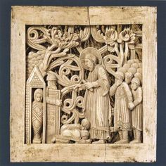Early Medieval Archaeology - Magdeburg Ivories: Raising of Lazarus Religious Pictures, Religious Art, Ancient Architecture, Art And Architecture, Raising Of Lazarus, Free Standing Sculpture, Alien Artifacts, Romanesque Art, Web Gallery Of Art