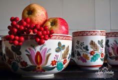 Hand painted tableware, www.muhuportselan.com
