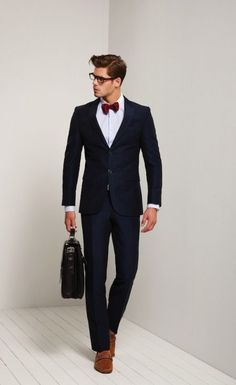 Rules To Follow To Wear Suits The Right Way | http://fashion.ekstrax.com/2014/11/rules-follow-wear-suits-right-way.html