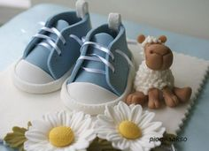 How to Make Gumpaste Baby Shoes for a Baby Shower Cake.