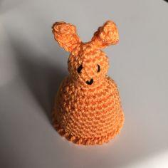 Konijntje eierwarmer Rabbit eggwarmer Haken Crochet
