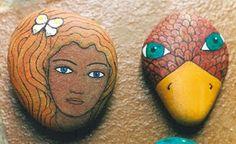 Kedibu Murales y Objetos Decorativos: Piedras pintadas: cabeza mujer y pájaro, gato y cabezas gato y oveja