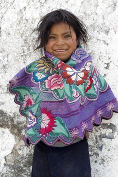 Ninos de Mexico: Carmelita Little Tzotzil girl Chiapas Mexico