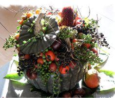 september - pompoen/kalebas met herfstmaterialen