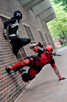 #Cosplay: #Deadpool #Venom
