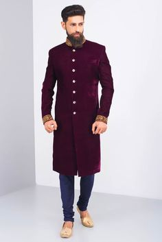 Like the colour, embroidery and style Sherwani For Men Wedding, Sherwani Groom, Mens Sherwani, Wedding Men, Wedding Ideas, Indian Groom Wear, Indian Wear, Engagement Dress For Groom, Indian Men Fashion