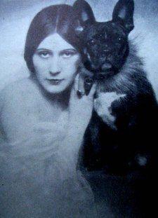Vera Salvotti & French Bulldog