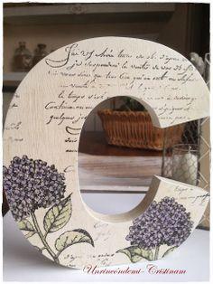 Un rincón de mi: Letra C decorada con sellos , tintas