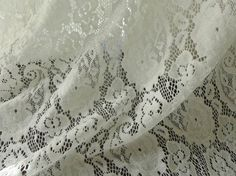 Soft Stretch Lace Fabric in Off white Floral door prettylaceshop
