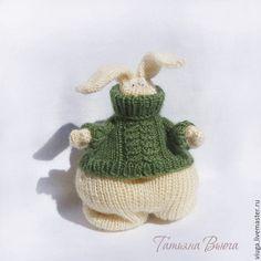 Толстый зайка в свитере, связано спицами, мягкая игрушка интерьерная, игрушка для настроения, в подарок дочери, подарок на Новый год, подарок на день рождения, интерьер детской комнаты