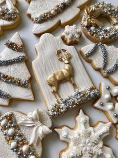 Glamorous Winter White cookies