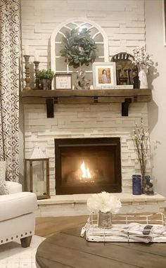 Barnbeam Mantel & Custom made Steel Brackets Rustic Mantel, Farmhouse Fireplace, Home Fireplace, Fireplace Remodel, Fireplace Design, Fireplace Ideas, Above Fireplace Decor, Mantle Ideas, Painting Brick Fireplaces