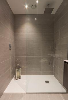 A modern central London apartment bathroom design. Fantastic design for Walk in shower. Grey Bathroom Tiles, Grey Bathrooms, Small Bathroom, Grey Tiles, Bathroom Art, Bathroom Ideas, Bathroom Showers, Remodel Bathroom, Downstairs Bathroom