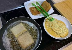 (2) Egy csirkepaprikás új élete, avagy töltött palacsinta kétféle módon   Andrea von Sattler receptje - Cookpad receptek Waffles, Pancakes, Ethnic Recipes, Waffle, Pancake, Crepes