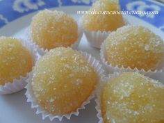 Coconut & Pineapple Treats – No Milk Today My Recipes, Sweet Recipes, Dessert Recipes, Cooking Recipes, Favorite Recipes, Portuguese Desserts, Portuguese Recipes, Party Sweets, Good Food