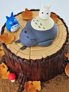 I feel like I post too much Studio Ghibli food. Like, this is a delicious yummy yummy yummy yummy Totoro cake that I wanted to share. Pretty Cakes, Cute Cakes, Beautiful Cakes, Amazing Cakes, Anime Cake, My Neighbor Totoro, Fancy Cakes, Creative Cakes, Cute Food