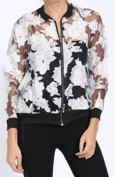 Mesh Pattern Bomber Jacket Simple Outfits, Cool Outfits, Casual Outfits, Fashion Outfits, Patterned Bomber Jacket, Floral Jacket, Over 50 Womens Fashion, Casual Street Style, Active Wear For Women